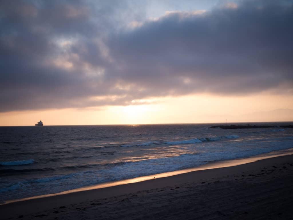 Und mit diesem Sonnenuntergang im Blick fährt es sich gleich doppelt so schön!