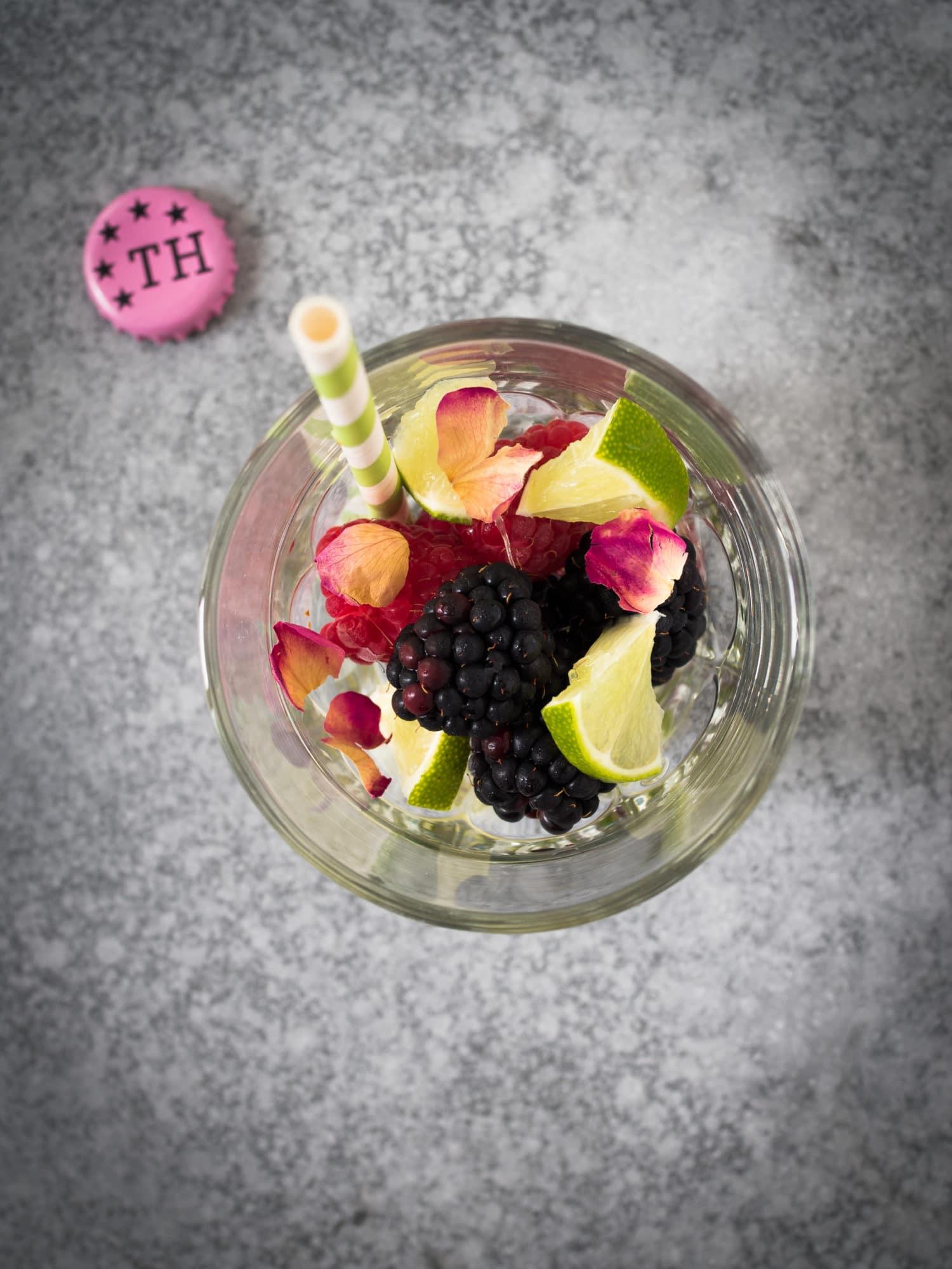 Pink Rosewater Gin&Tonic mit Thomas Henry