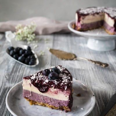 Der Rawcake der Saison: Roher Blaubeer Kokos Cheesecake