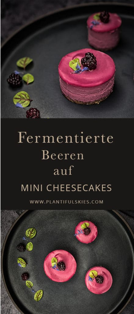 fermentierte beeren auf Mini Cheesecakes