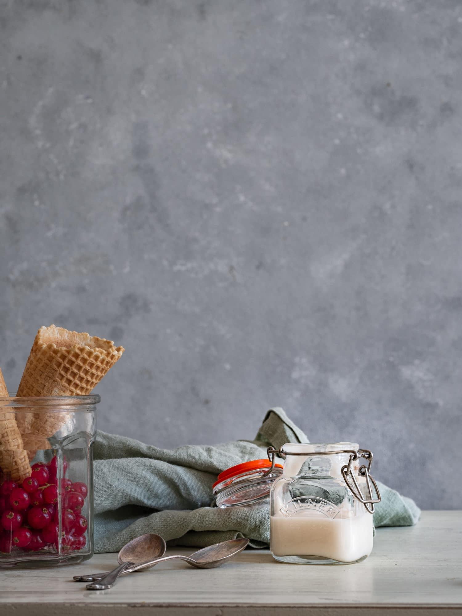 selbst gemachtes Cashew Joghurt für Frozen Joghurt