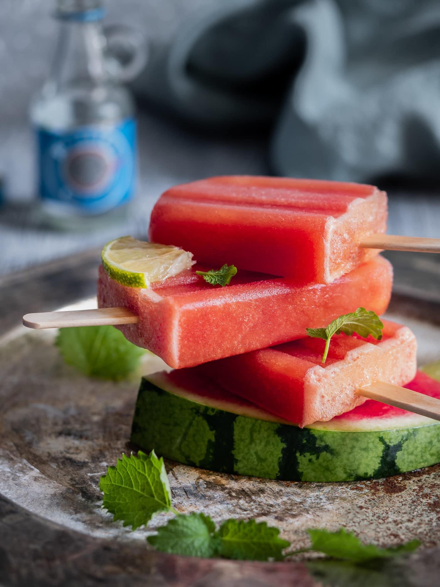 Ouzo Sorbet Stieleis mit Wassermelone