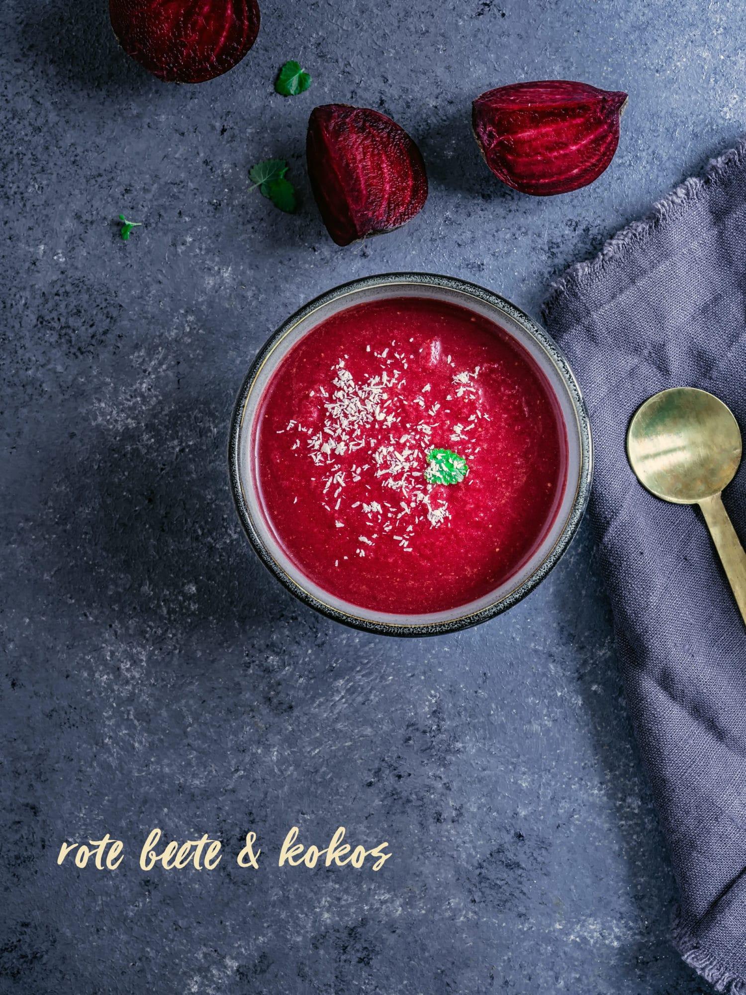 Rote Beete Suppe von oben