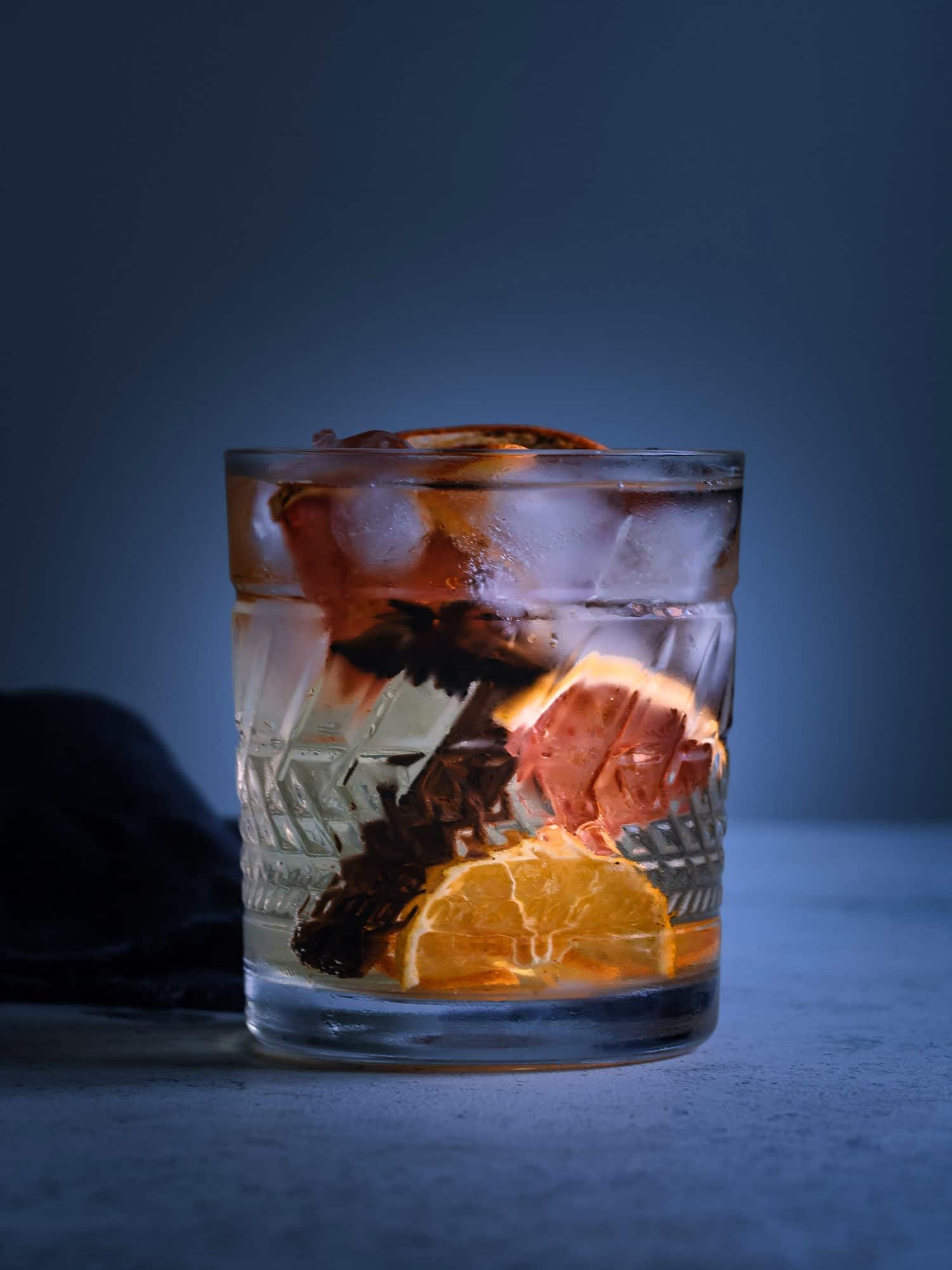 Gin Tonic im Glas