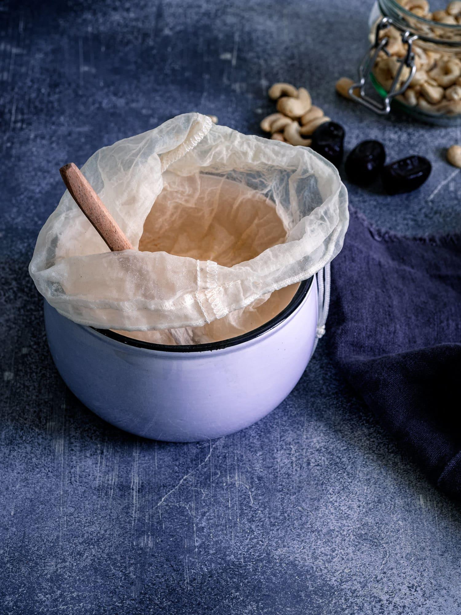 Nussmilchbeutel zum Cashewmilch selber machen