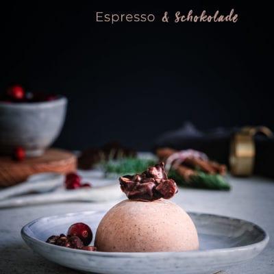 Schnelles Weihnachtsdessert: Espresso, Schokolade & Macadamia