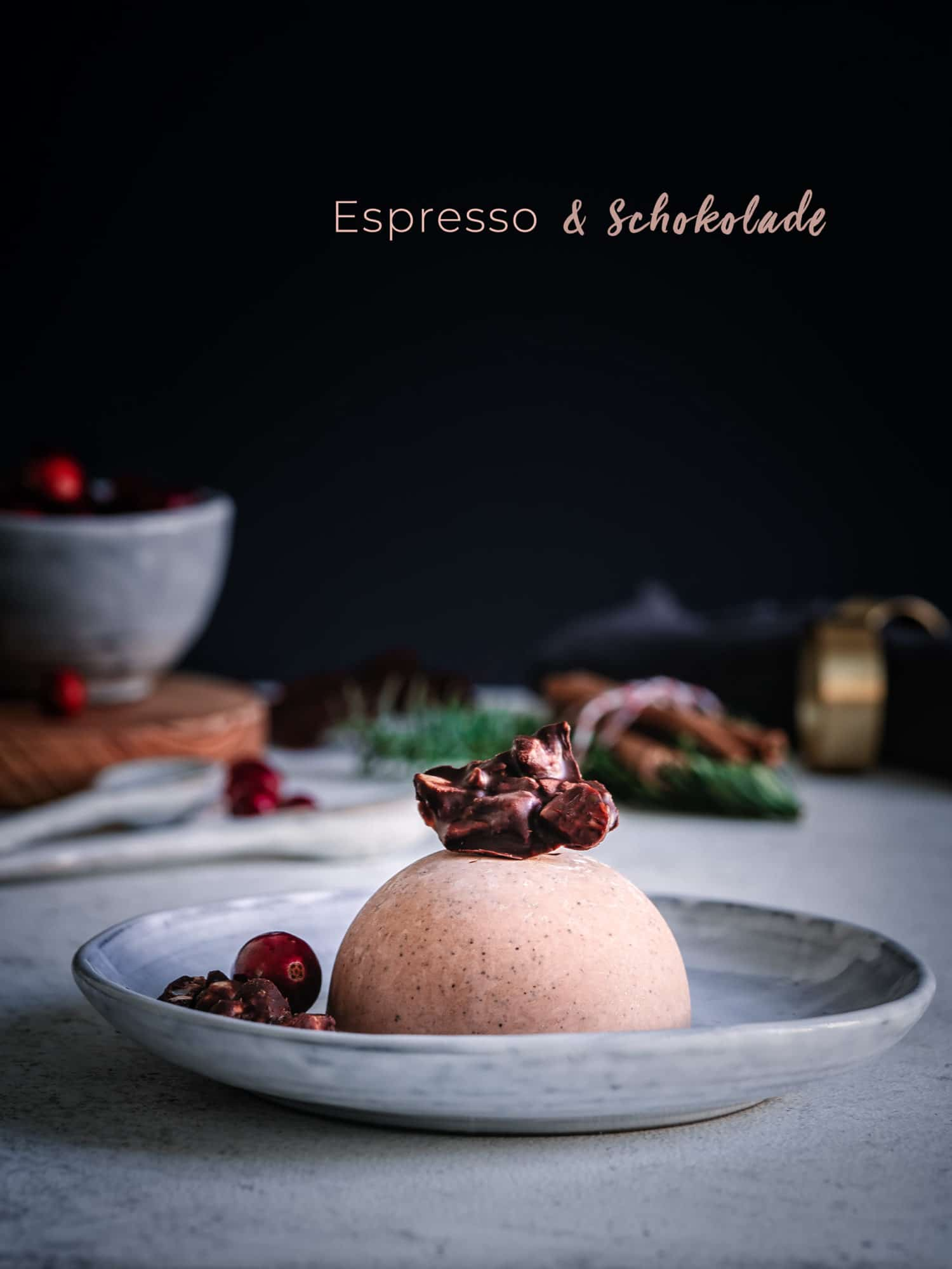 Weihnachtsdessert mit Espresso & Schokolade