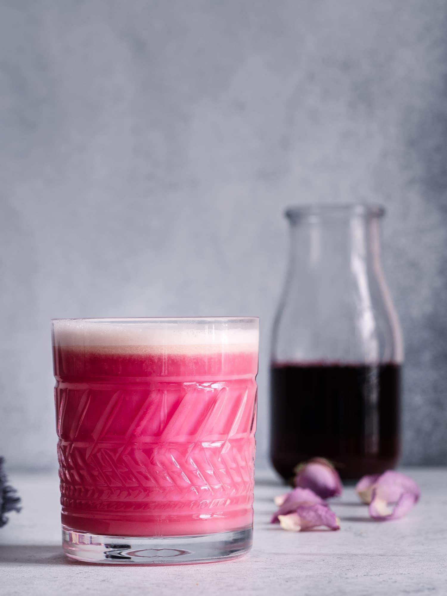 Rote Beete Latte mit Ashwagandha