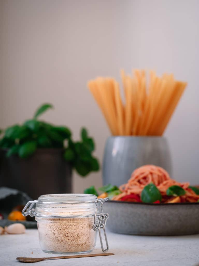 veganer parmesan fertig zubereitet