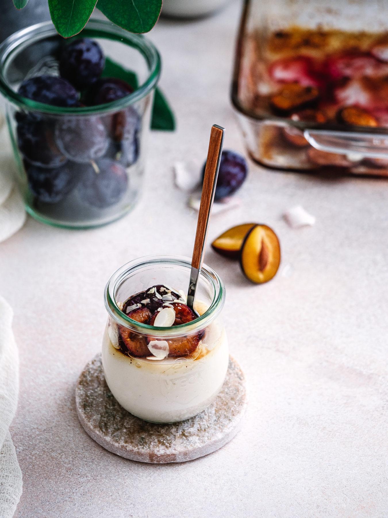 Dessert im Glas: veganer Pudding