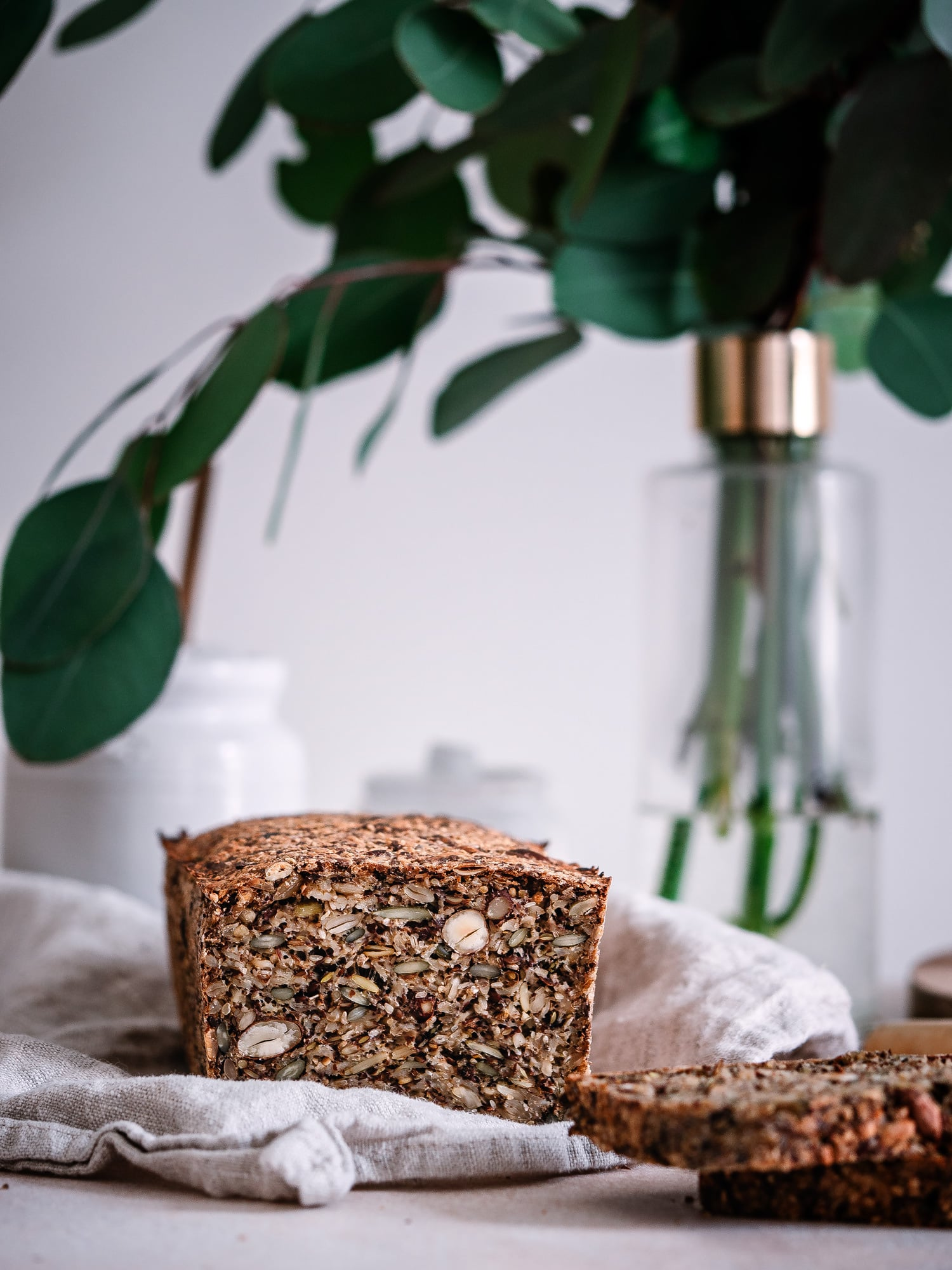 Life changing Bread in Anschnitt