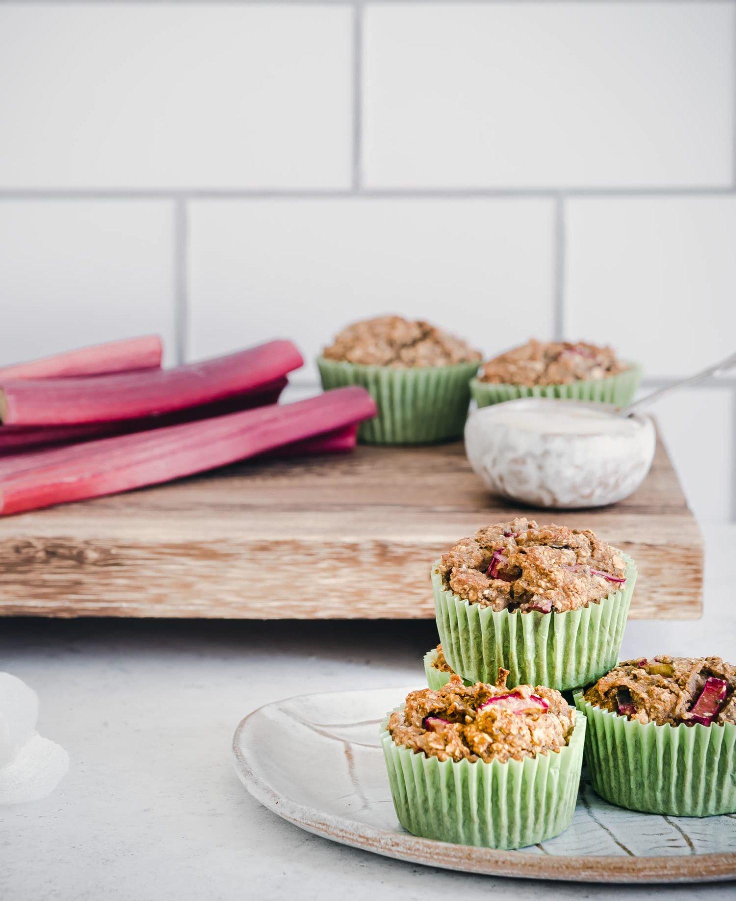 Rhabarber Muffins, glutenfrei und mit Süße nur aus Früchten