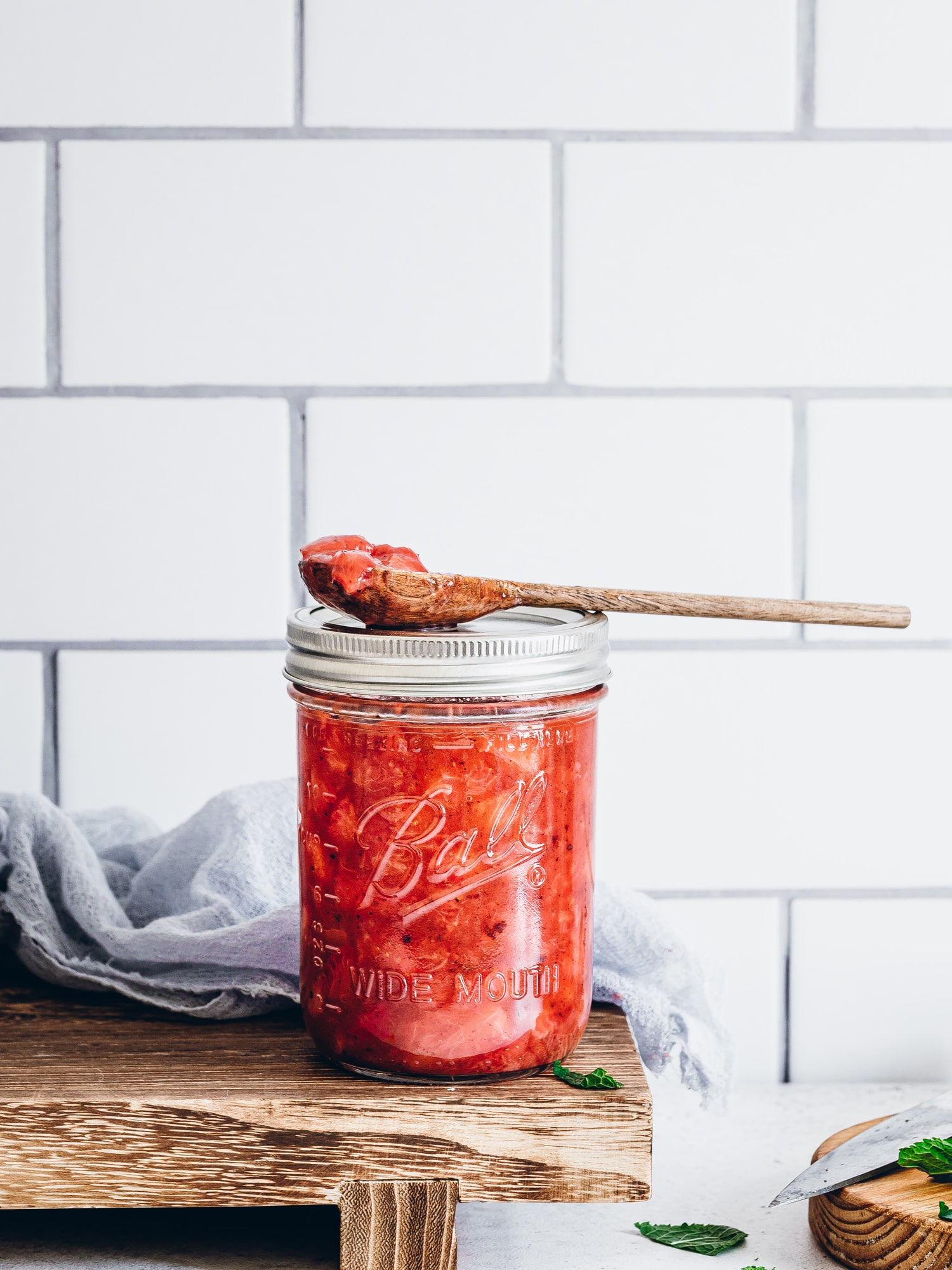 Erdbeer-Chutney im Glas